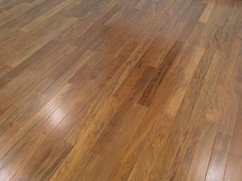 Sàn gỗ óc chó VA4139