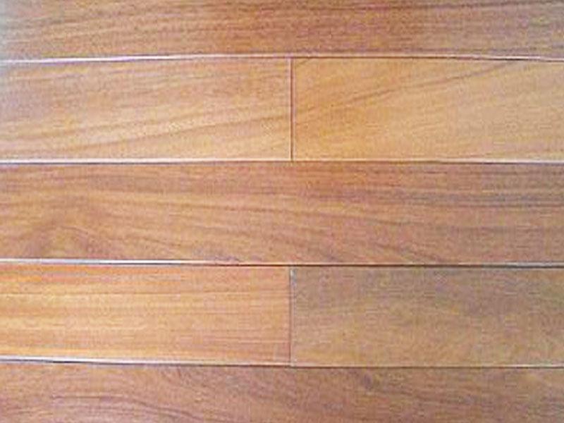 Sàn gỗ tự nhiên lim Lào (15x90x750)