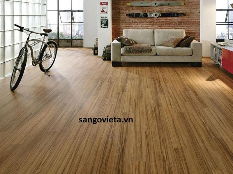 Sàn gỗ tự nhiên Tech lào